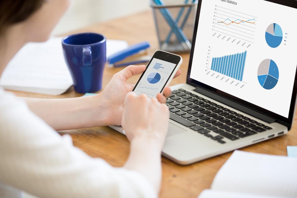 El rápido aumento del comercio en línea.
